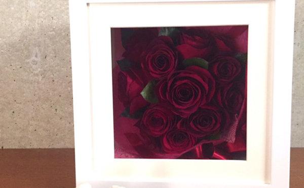 赤バラの花束保存そのままに
